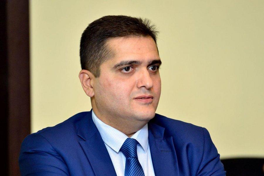 """Elxan Şahinoğlu: """"Paşinyan ordu daxilindəki vəziyyətdən narahatdır"""" »  Azərbaycanın xəbər portalı - NEWS24.AZ"""